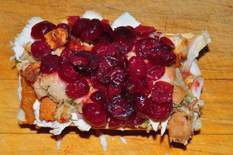 Taken+from%3A+https%3A%2F%2Fcommons.wikimedia.org%2Fwiki%2FFile%3ASpoon_on_some_cranberry_relish_%284141460454%29.jpg